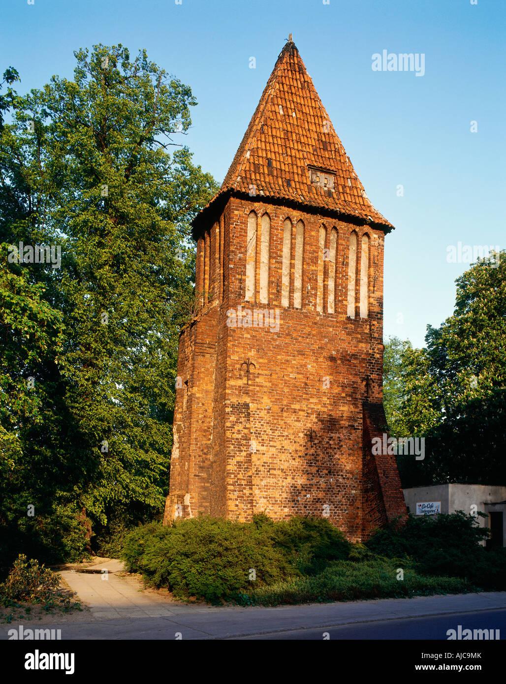 Nikolaikirche aussen Giebel der südlichen Seitenhalle Wismar   Nikolai church exterior view gable of the southern - Stock Image
