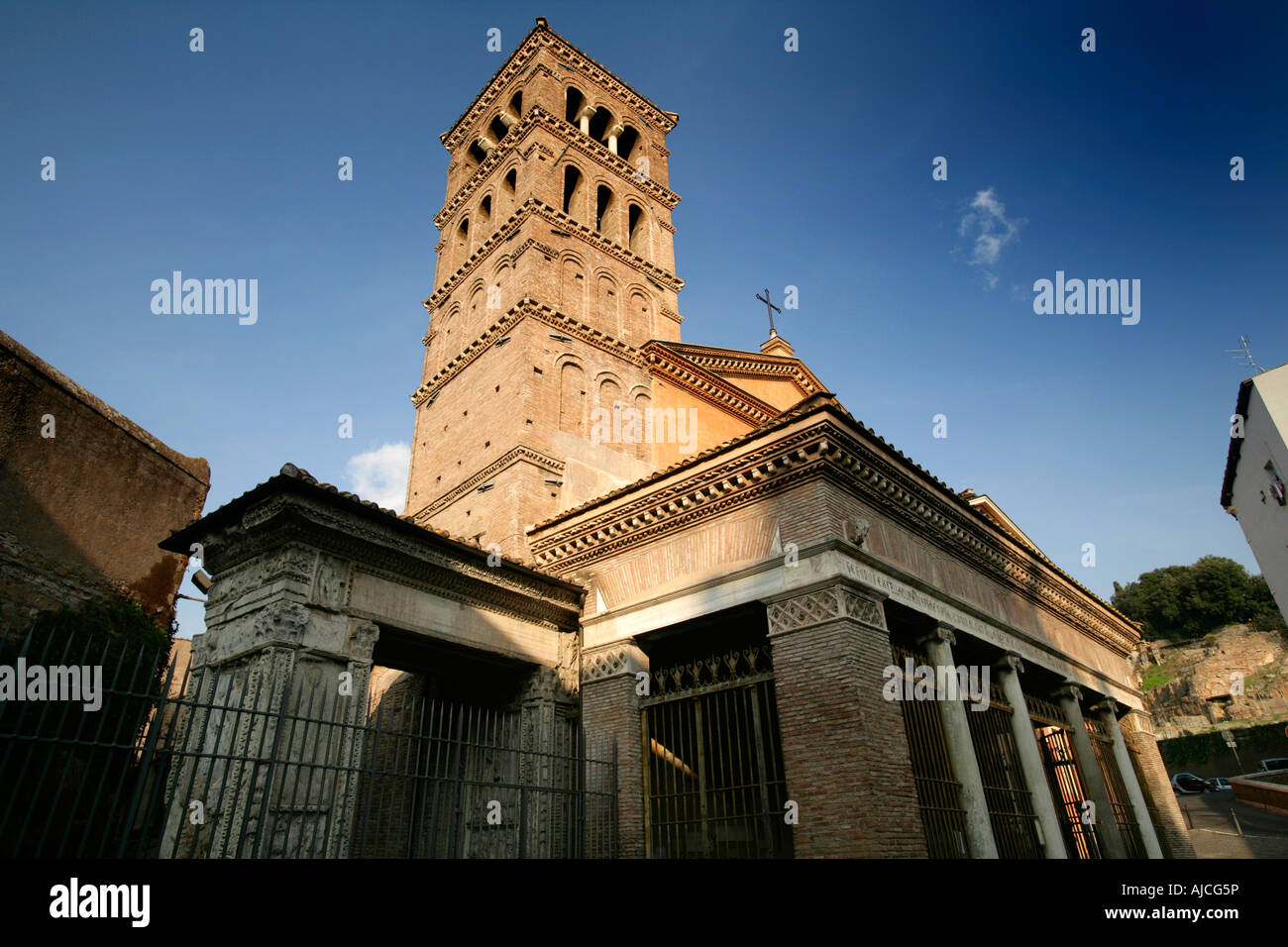 Argentarii stock photos argentarii stock images alamy for Arco arredamenti san giorgio