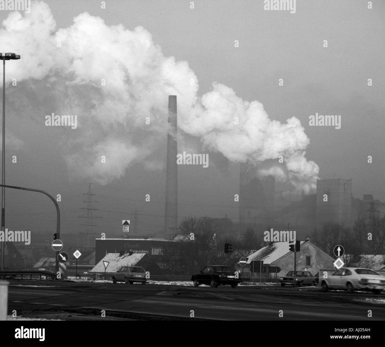 coal mining and coking plant at the freeway A 42, Germany, North Rhine-Westphalia, Ruhr Area, Oberhausen - Stock Image