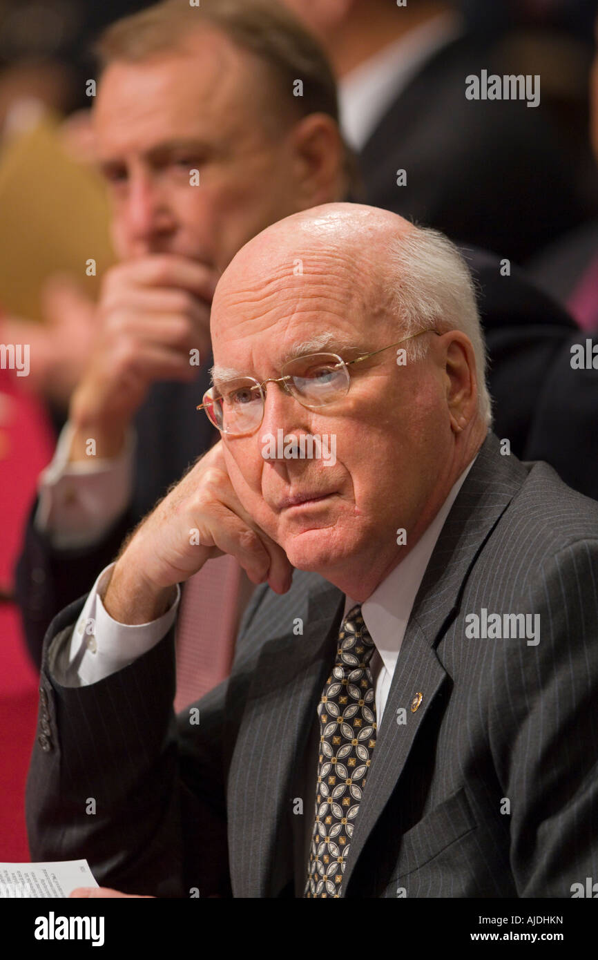 WASHINGTON DC USA U S Senator Patrick Leahy D VT of the the Senate Judiciary Committee. At rear is Senator Arlen Stock Photo