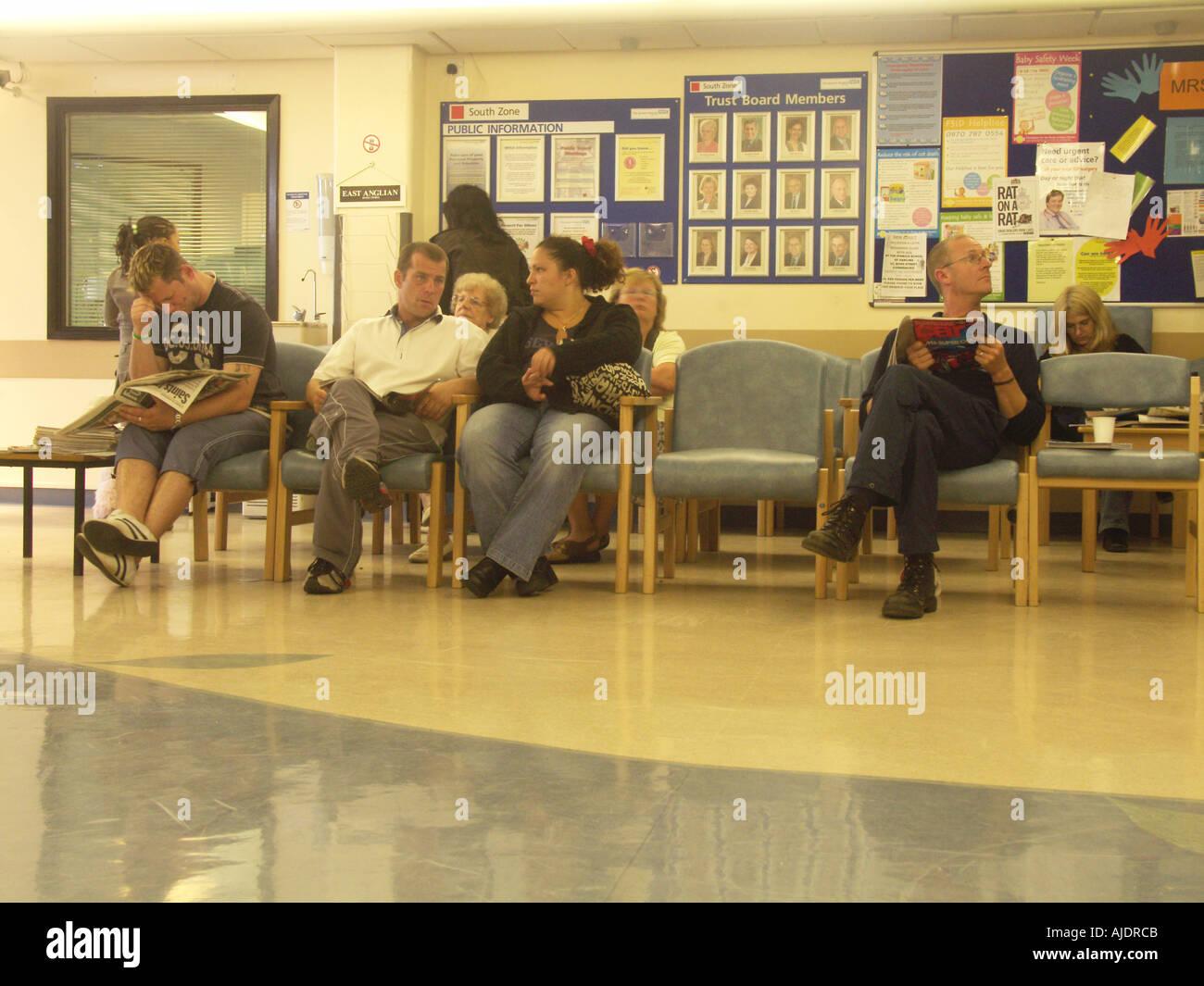 Hospital Waiting Room Uk Stock Photos Amp Hospital Waiting