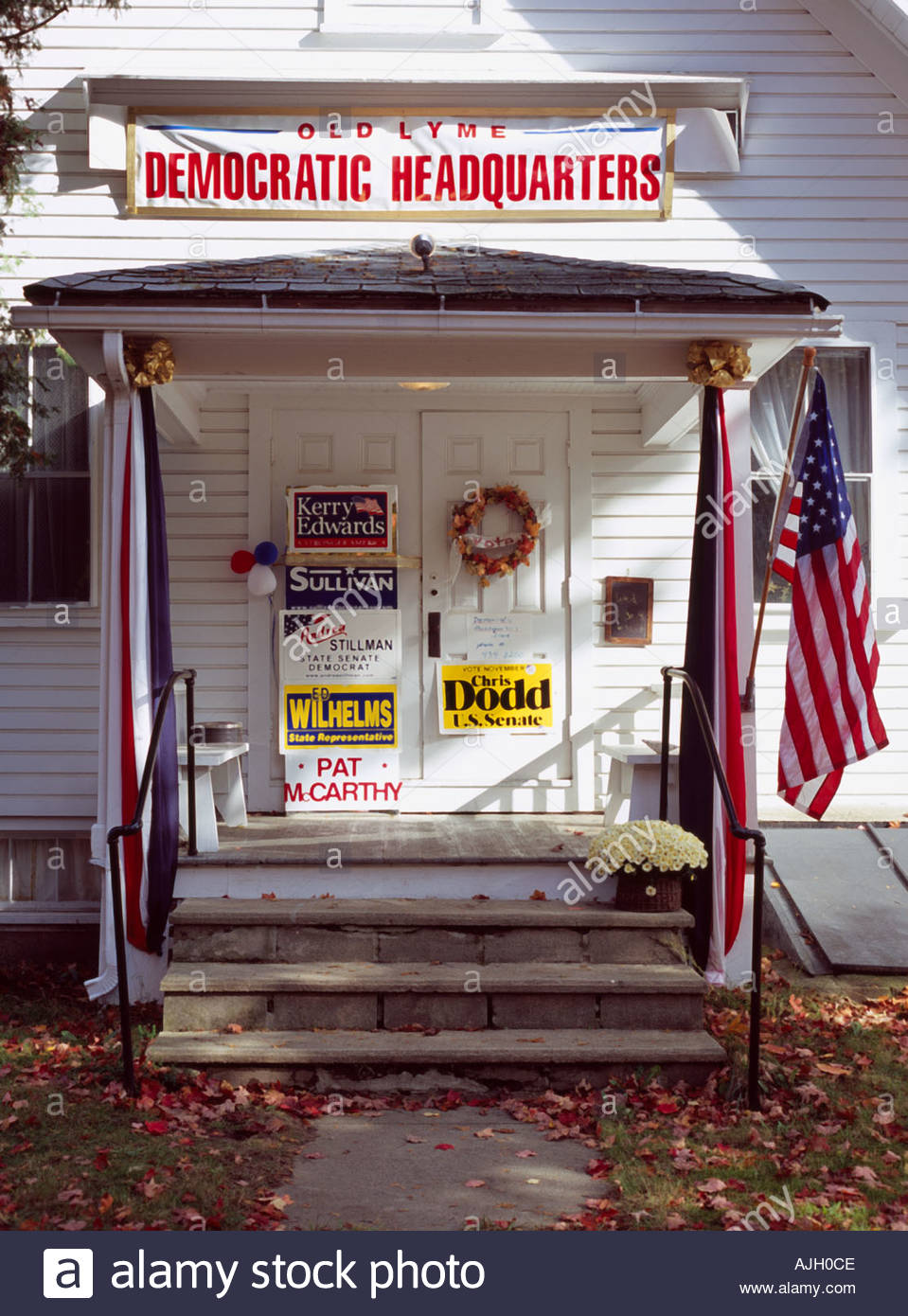 Democratic headquarters during US president election campaign Old Lyme Connecticut USA Oct 2004 - Stock Image
