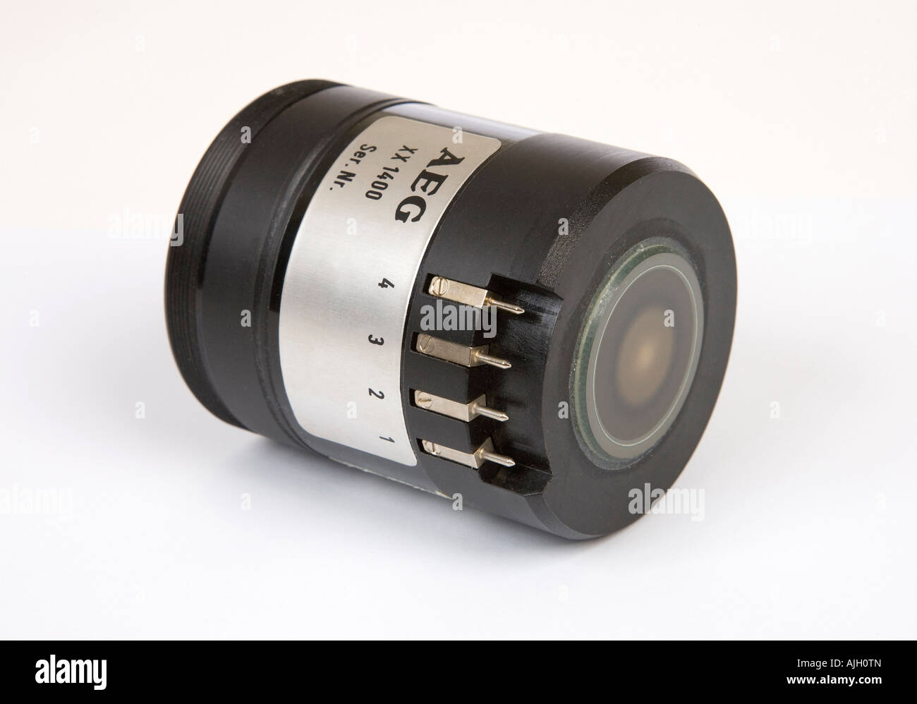 2nd generation AEG XX1400 image intensifier module used for military night vision equipment - Stock Image