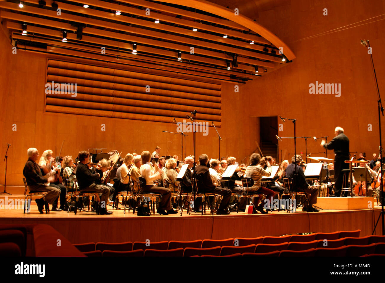 Neeme Jarvi and orchestra gothenburg symphony orchestra GSO classical music performance rehearsal concert concert hall Gothenbu - Stock Image