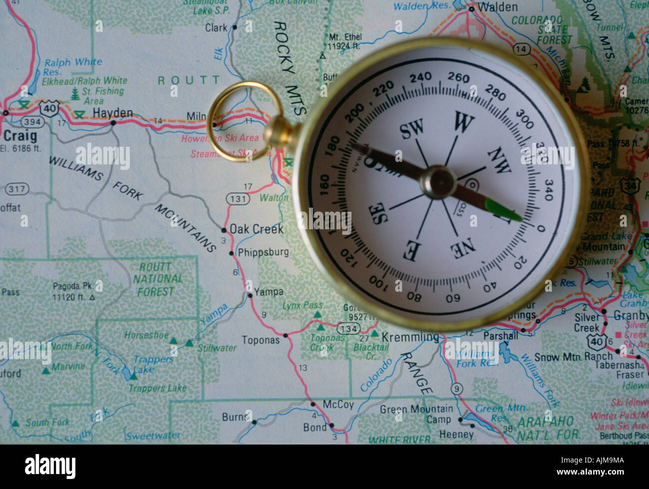 Compass over map of US mountain states Stock Photo: 8438537 - Alamy