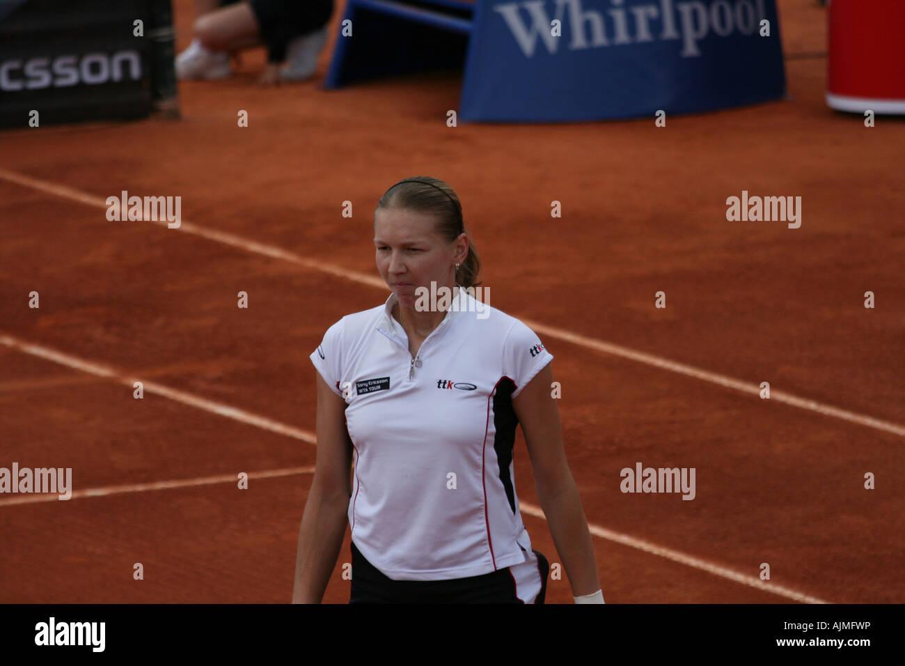 Estoril Open 2007 - Women's 1st round qualifying - Selima Sfar vs Renata Voracova Stock Photo