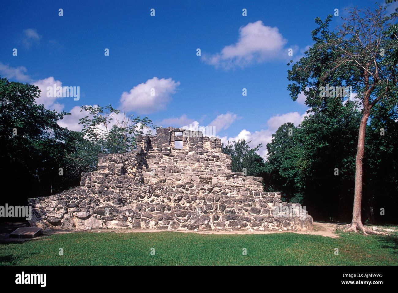 Ruins of the San Gervasio archaeological Mayan ruins site on the island of Cozumel in Mexico. - Stock Image