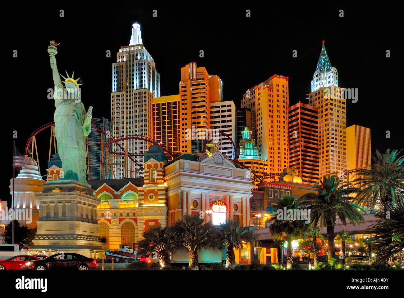 Statue Of Liberty At Night At New York New York Hotel Las Vegas