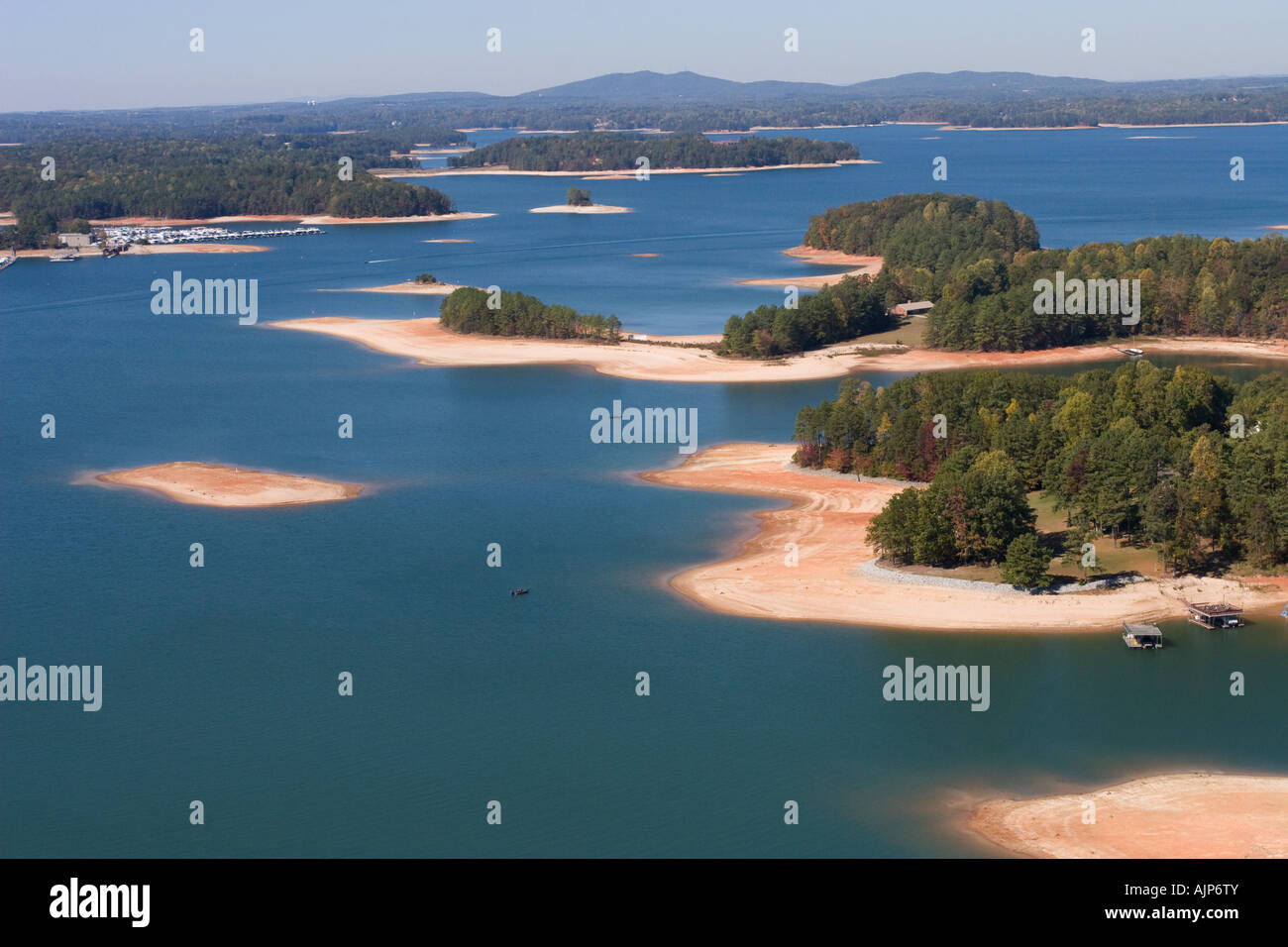 Lake Lanier at low levels in drought stricken Georgia, USA.  Lake Lanier serves water to much of north Georgia and - Stock Image