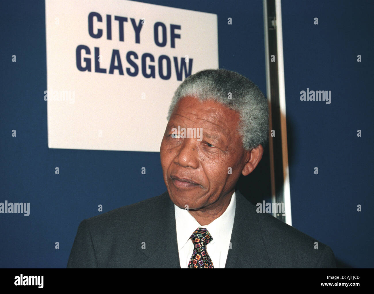 Nelson Mandela in Glasgow receiving the freedom of the city - Stock Image