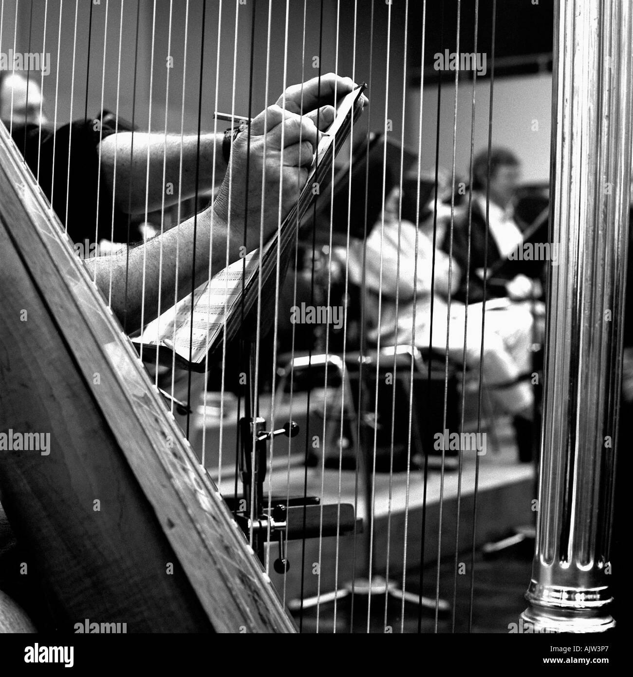 Hand Harp Stock Photos & Hand Harp Stock Images - Alamy
