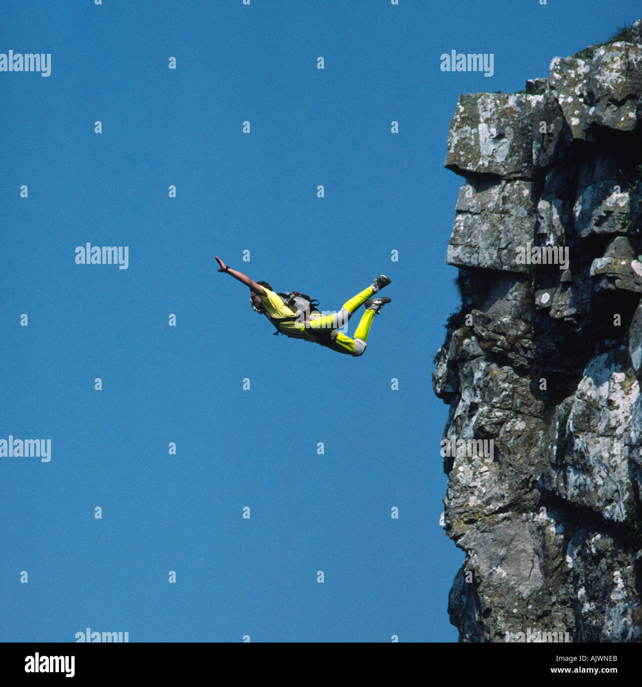 PICTURE CREDIT DOUG BLANE Russell Powell BASE 230 BASE Jumping Cheddar Gorge Avon England Great Britain - Stock Image