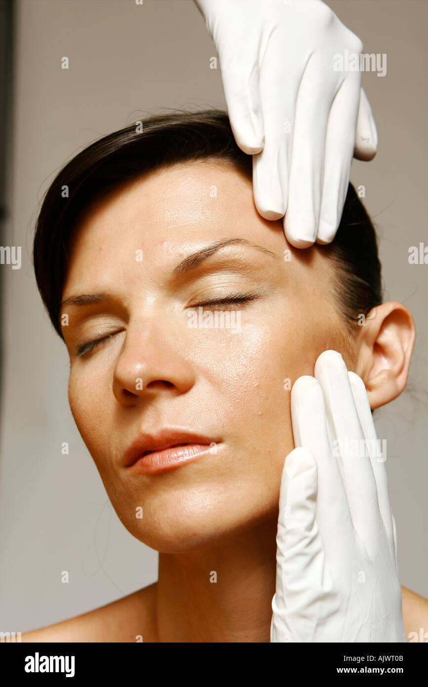 Cosmetic inspection - Stock Image