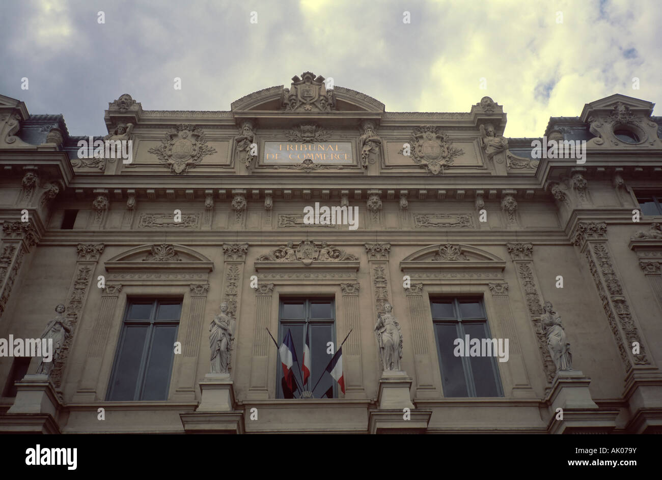 Facade of the Tribunal de Commerce in Paris - Stock Image