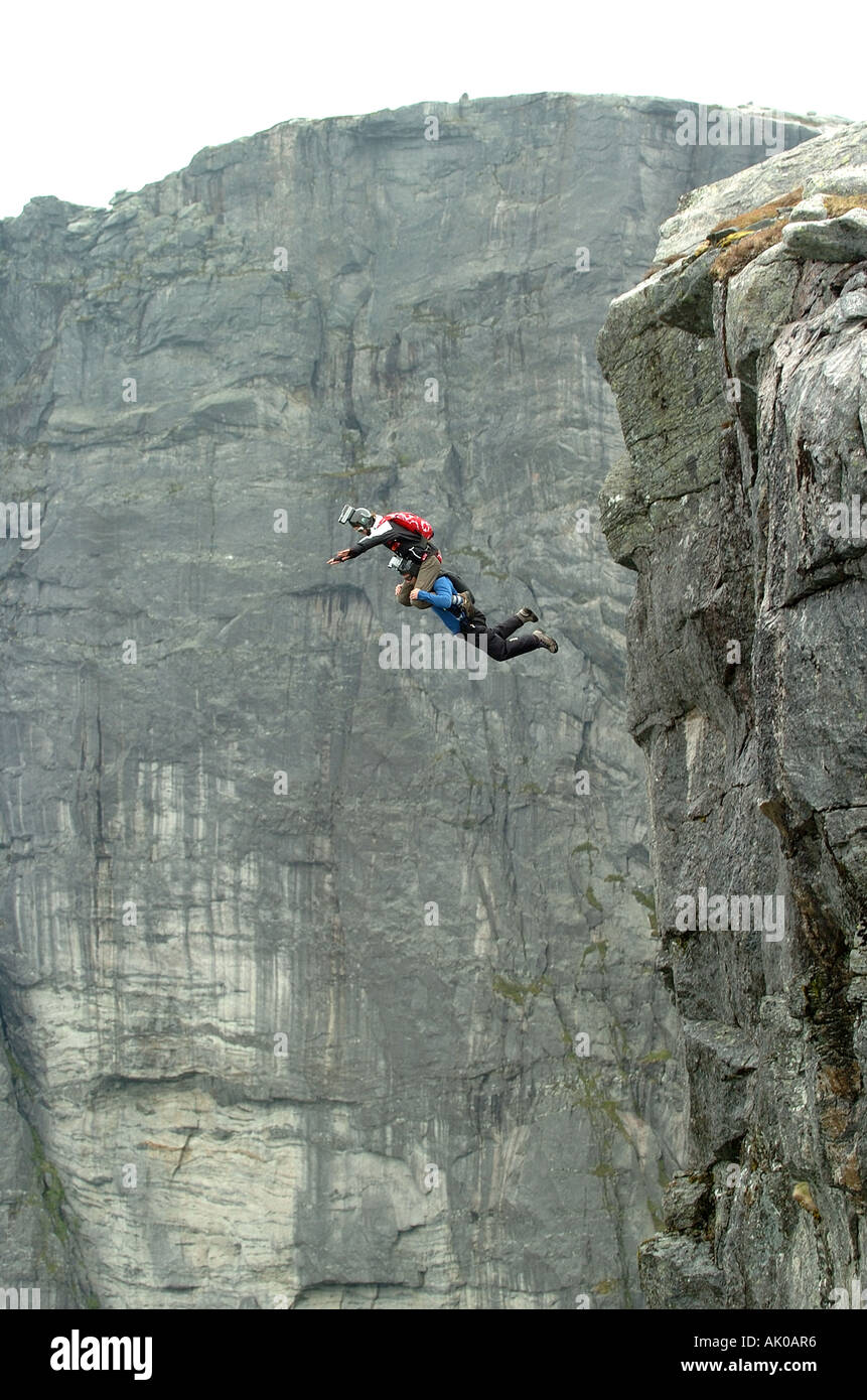 BASE jumpers tandem - Stock Image