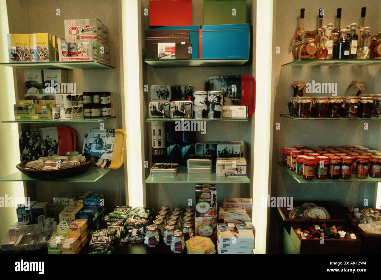 Delikatessen shop / Athen / Feinkostladen - Stock Image
