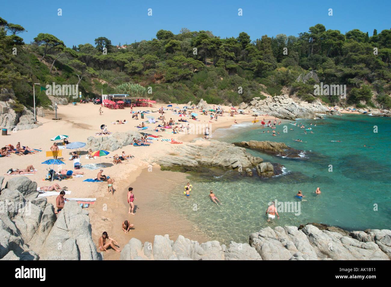 Small beach of Sa Boadella south west of Lloret de Mar, Costa Brava, Catalunya, Spain - Stock Image