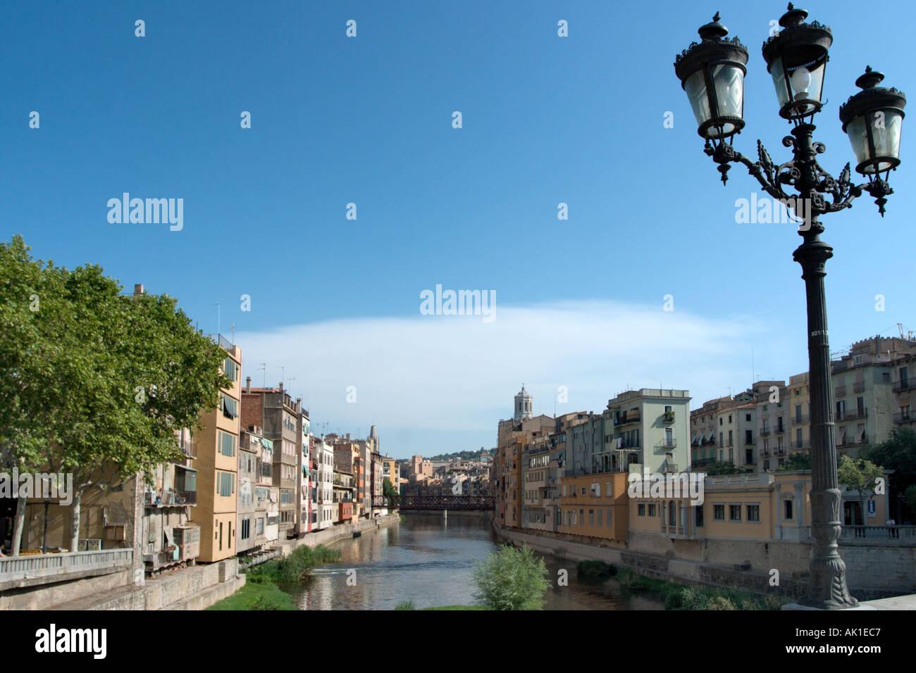 River Onyar from the Pont de Pedra, Old City, Girona (Gerona), Catalunya, Spain Stock Photo