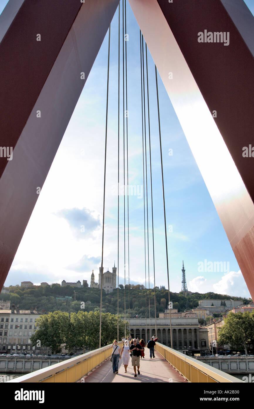 Pedestrian bridge (Passerelles de Palais de Justice) over the River Saone, Presqu'ile, Lyon, Rhone Valley, France - Stock Image