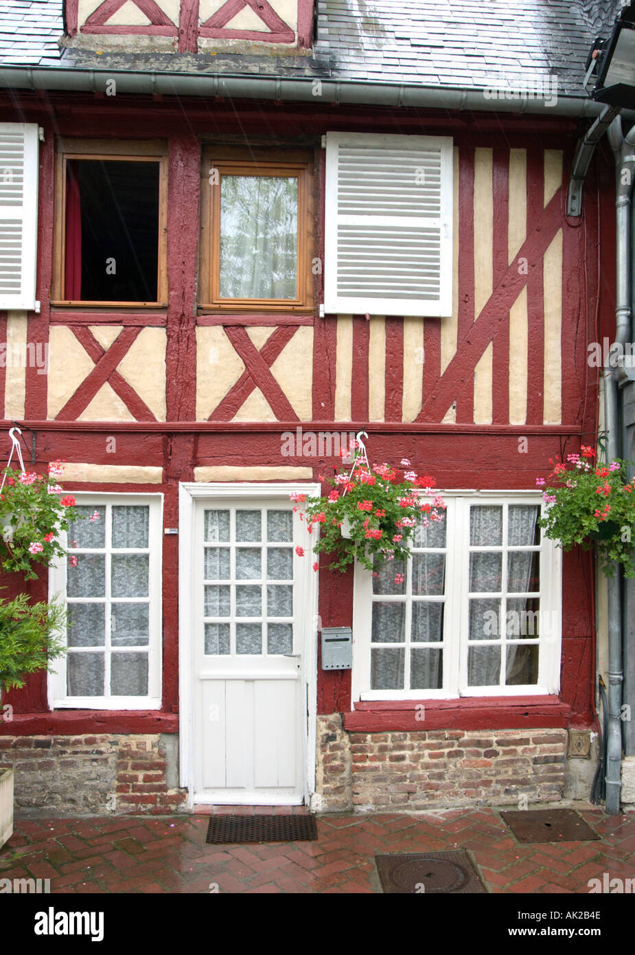 Half Timbered House in Beuvron-en-Auge, Pays d'Auge, Normandy, France - Stock Image