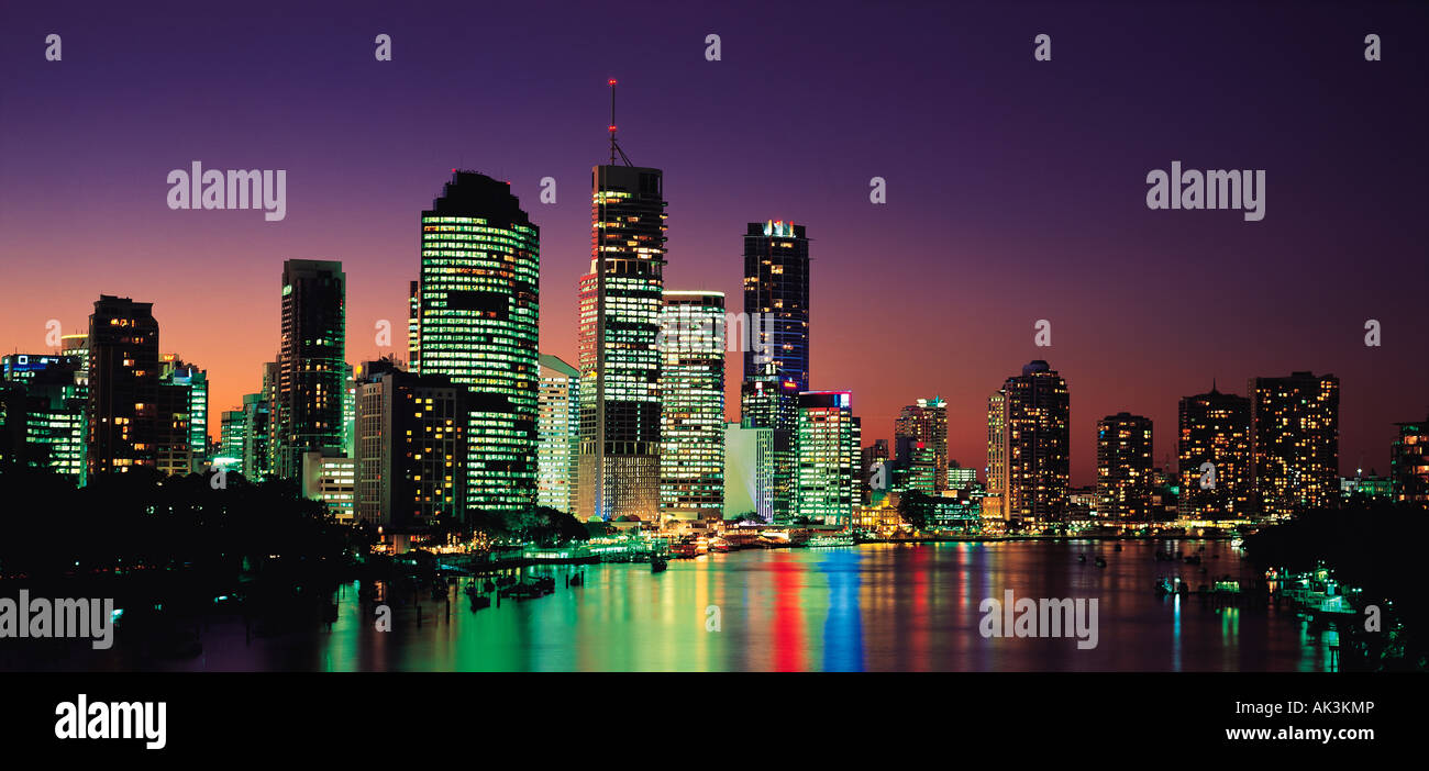 Australia. Queensland. Brisbane. City skyline. Night view. - Stock Image