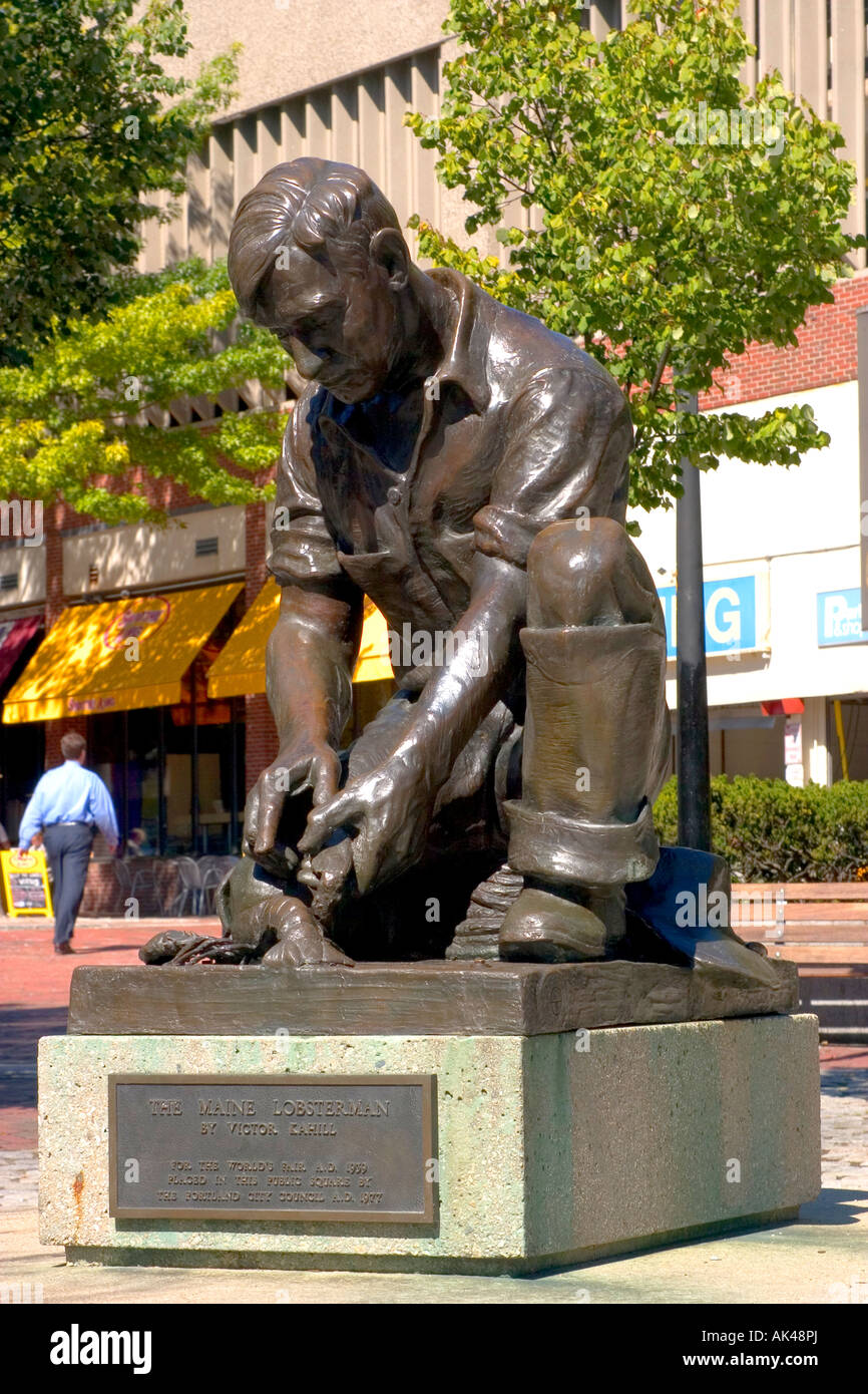 Portland Maine The Maine Lobsterman Victor Kahill sculptor 1939 World s Fair installed Portland 1977 - Stock Image