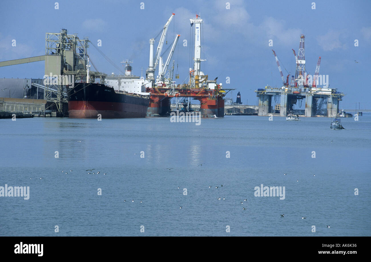 Large Offshore Oil Rig Platform Stock Photos Amp Large