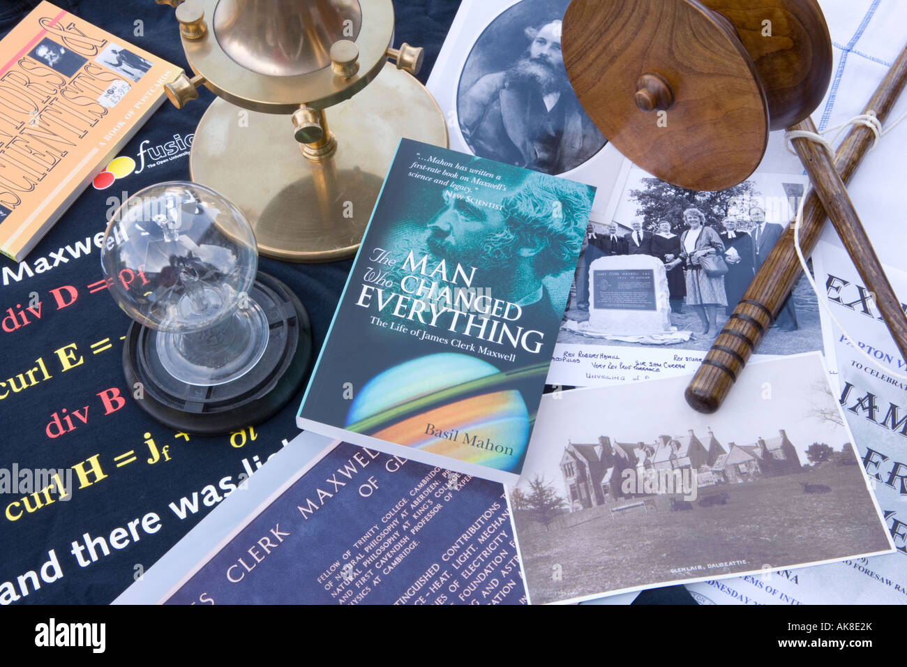 Memorabilia associated with the scientists James Clerk Maxwell including a Radiometer Dynamical Top Deil an Twa - Stock Image