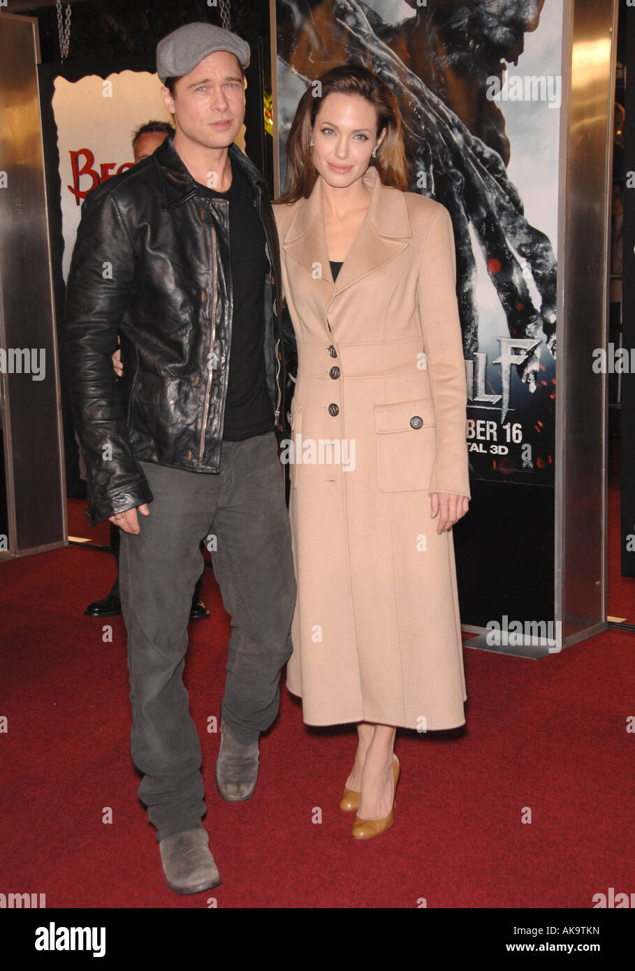 Angelina Jolie and Brad Pitt at the Los Angeles premiere of Beowulf - Stock Image