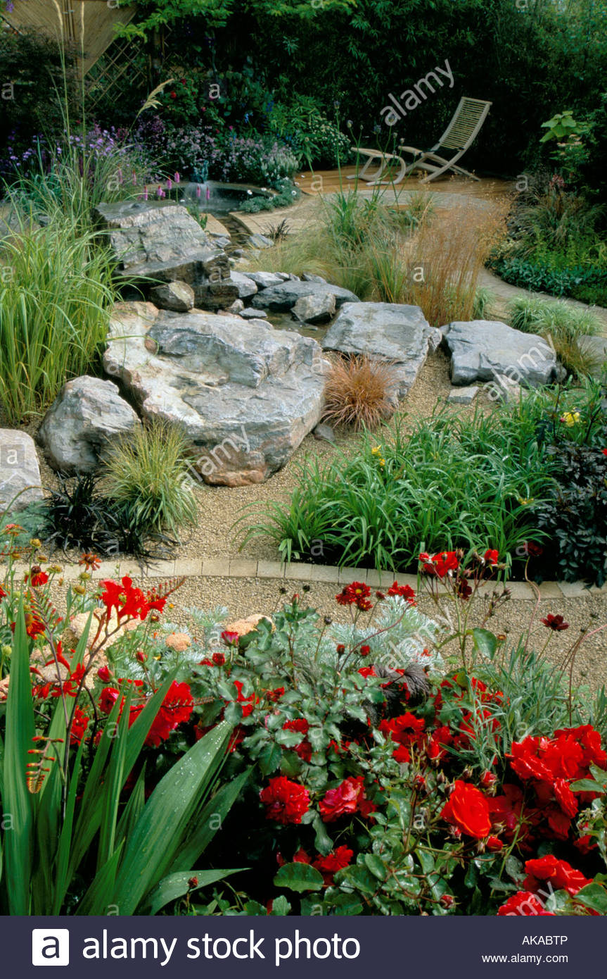 Feng Shui Garden Design Pamela Woods Hot Colour Flower Combination Rock  Garden Gravel Paths And Circular Pond