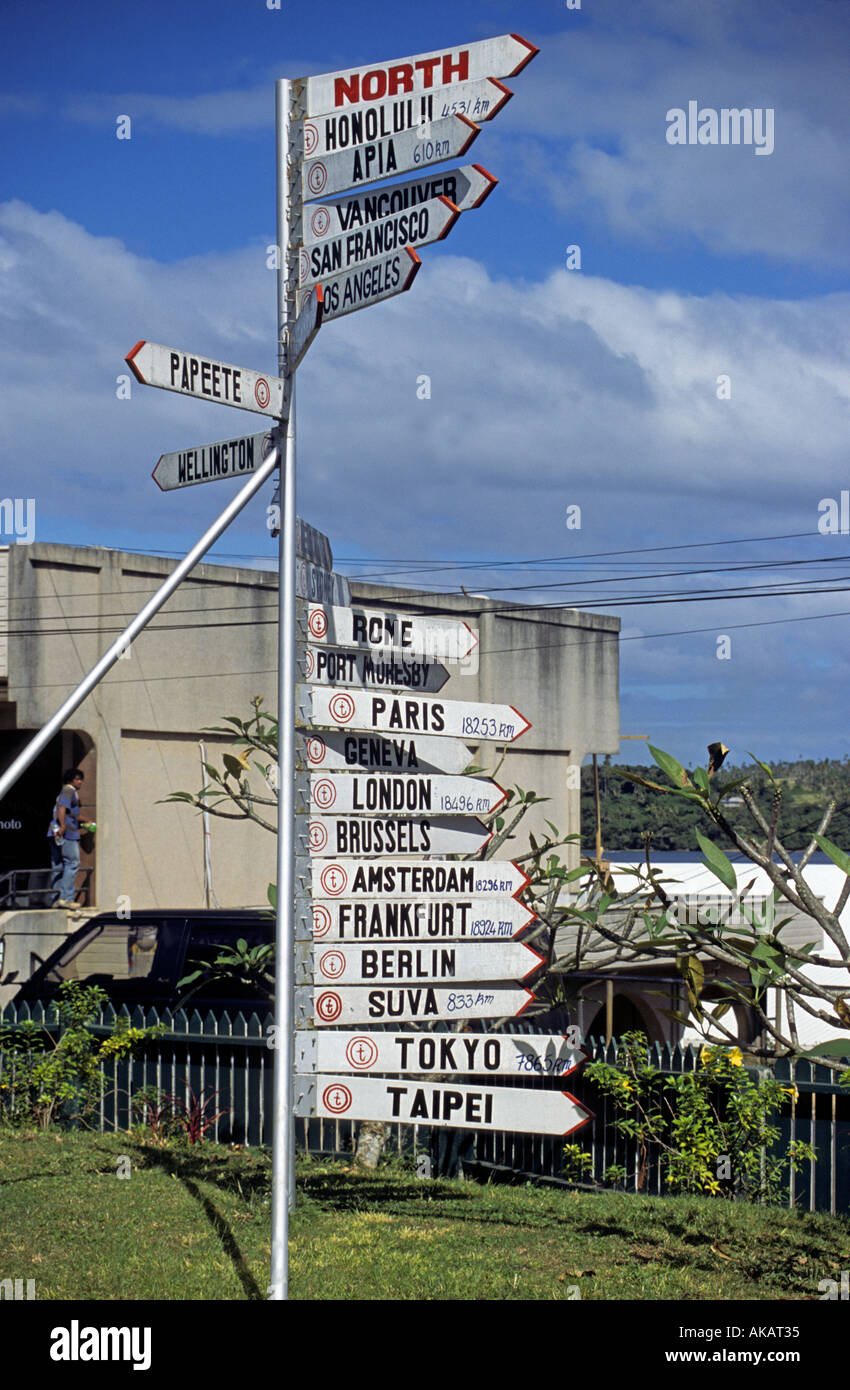 Signpost with world wide distances from French Society Islands - Stock Image