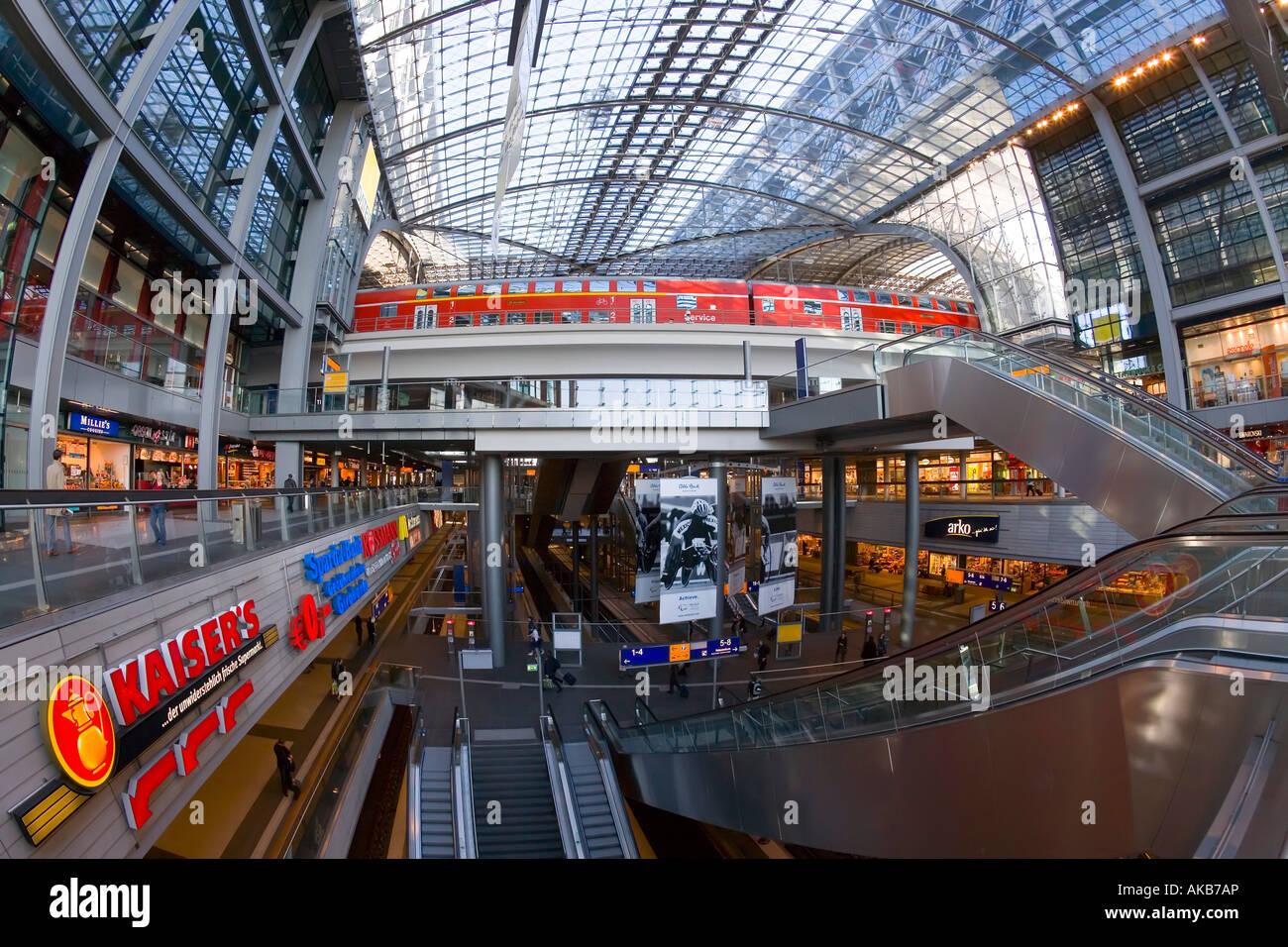 berlin main train station
