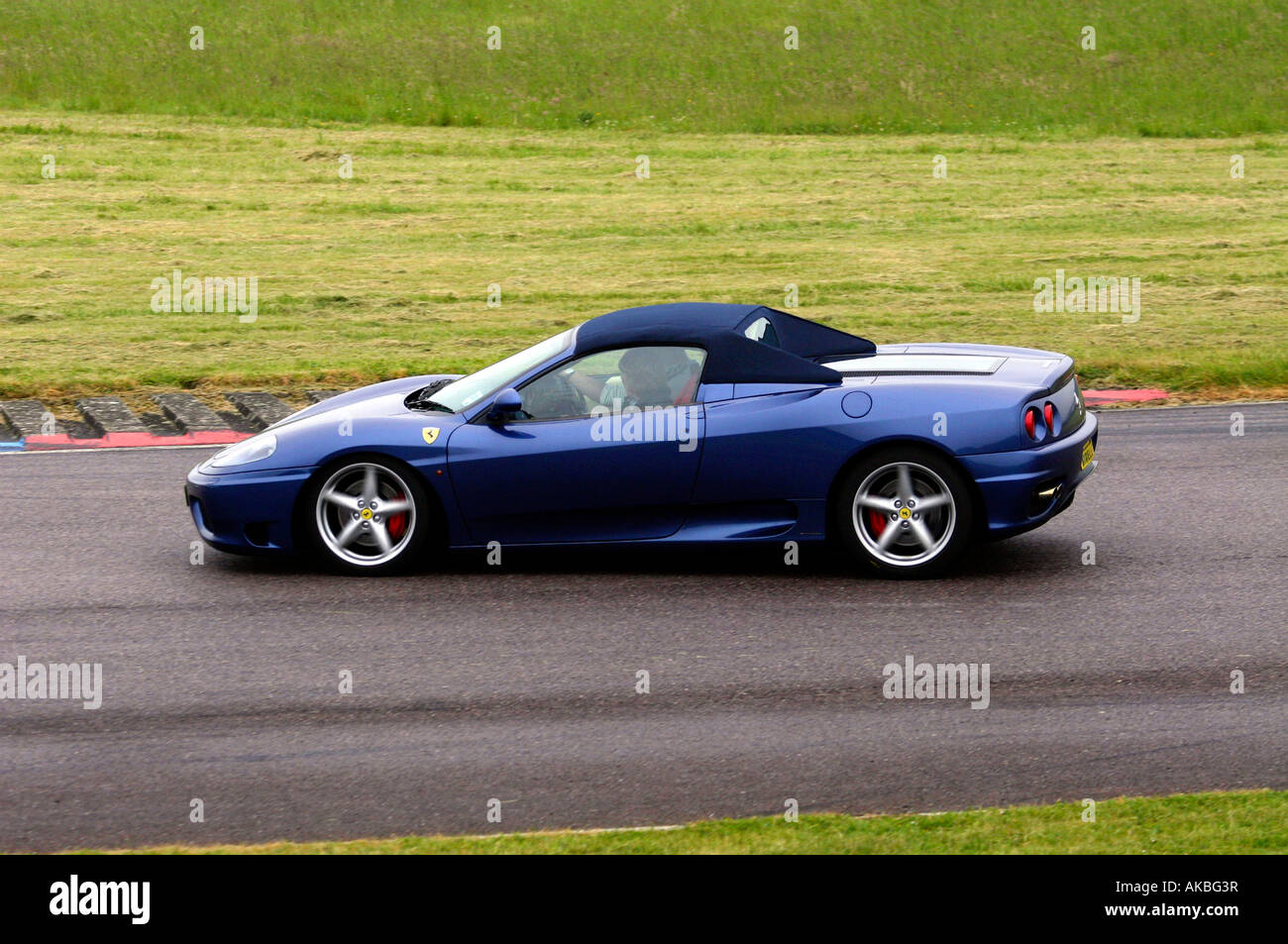 Ferrari 360 spider, a convertible variant of the Modena, a pedigree ...