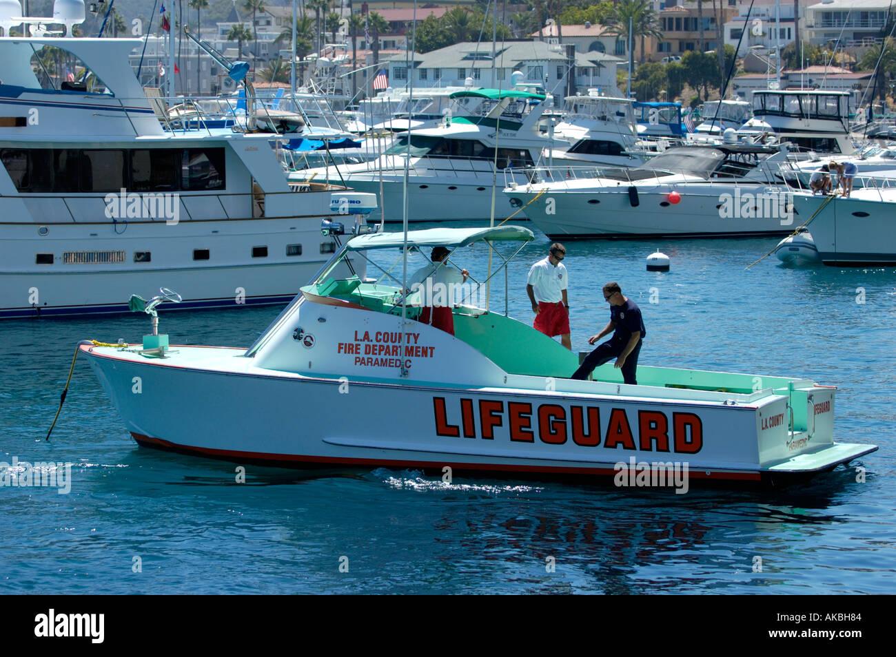 e99372830577 US lifeguard boat leaving the Avalon Marina Santa Catalina Island ...