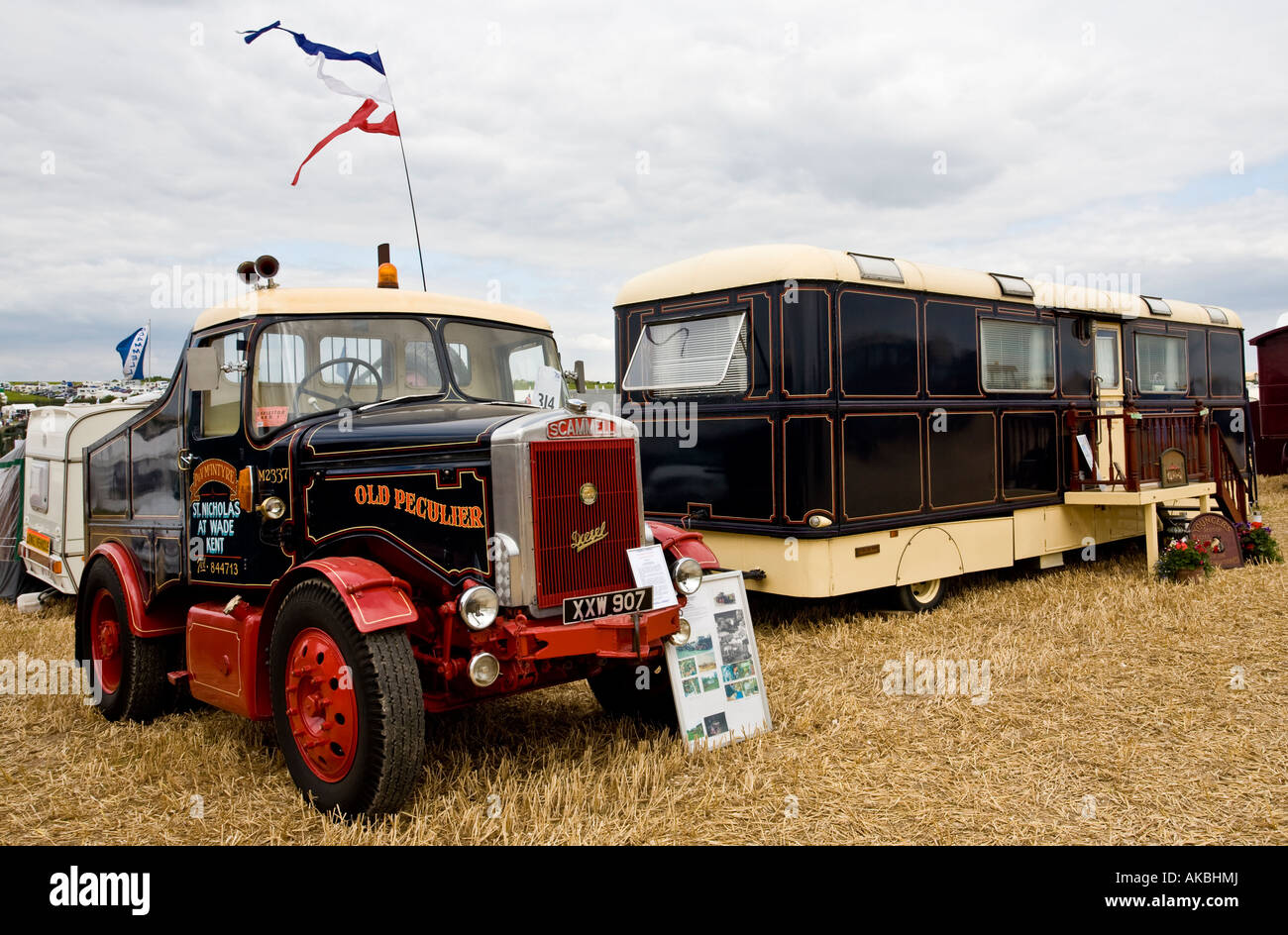 1959 Scammell Highwayman Ballast Tractor Unit with living van, Reg No. XXW 907, at the Great Dorset Steam Fair, - Stock Image