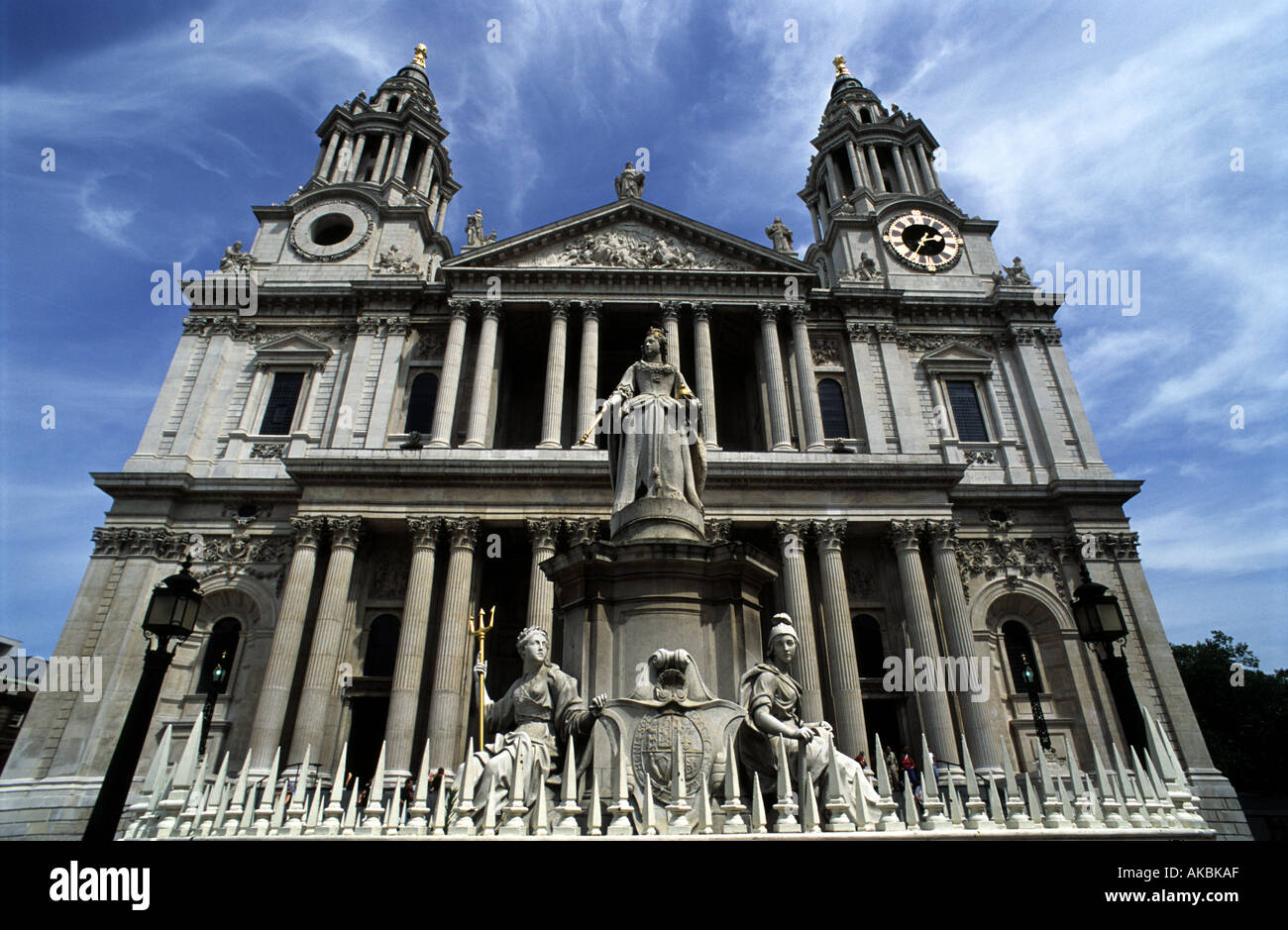 St Pauls cathedral London. - Stock Image