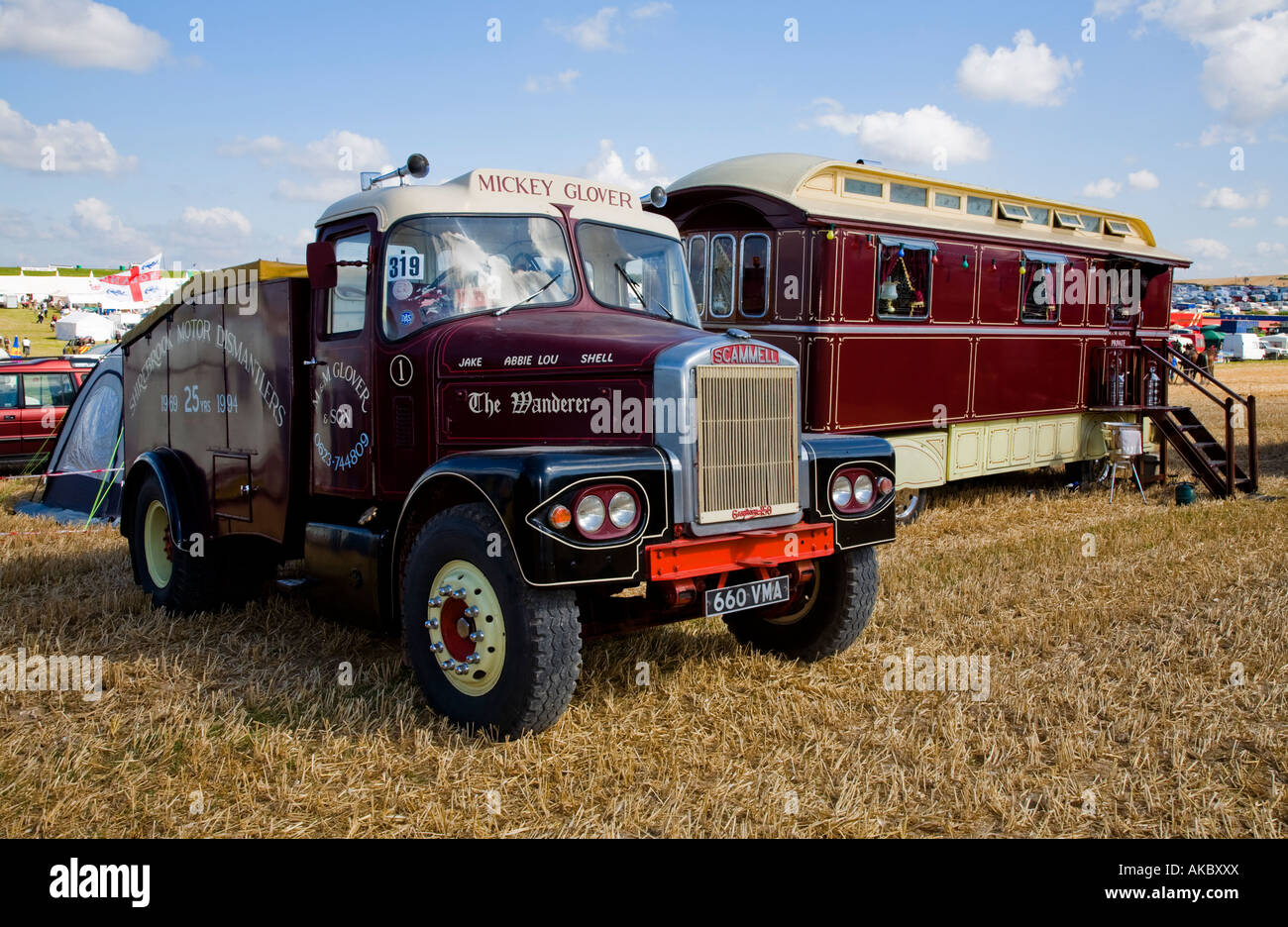 1962 Scammell Ballast Box showman's tractor unit and caravan, Reg No. 660 VMA, at the Great Dorset Steam Fair, - Stock Image