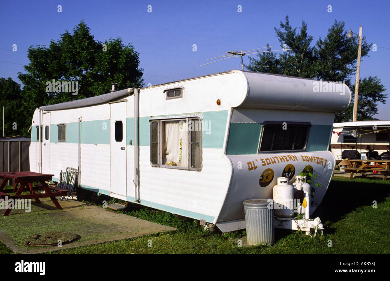 A 1960s era mobile home in an Amercian midwest trailer park Stock Photo