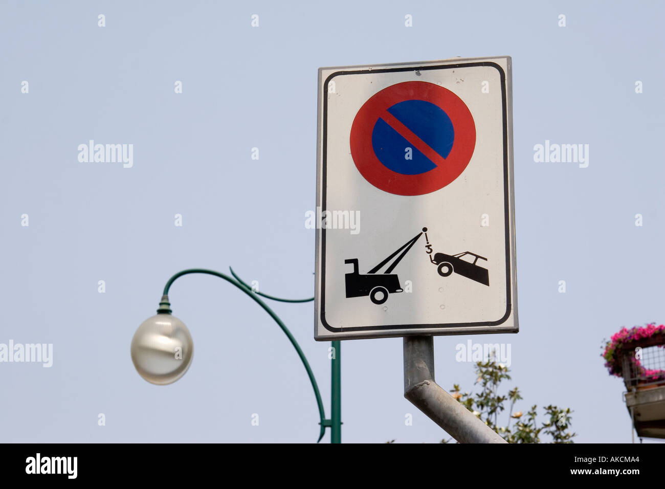 No parking towaway zone sign on the island of Lido Venice Italy - Stock Image