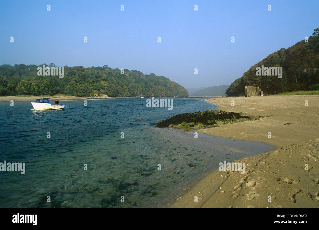 Wonwell Beach Devon at the mouth of The River Erme Estuary towards Malthouse Point near the village of Kingston - Stock Image