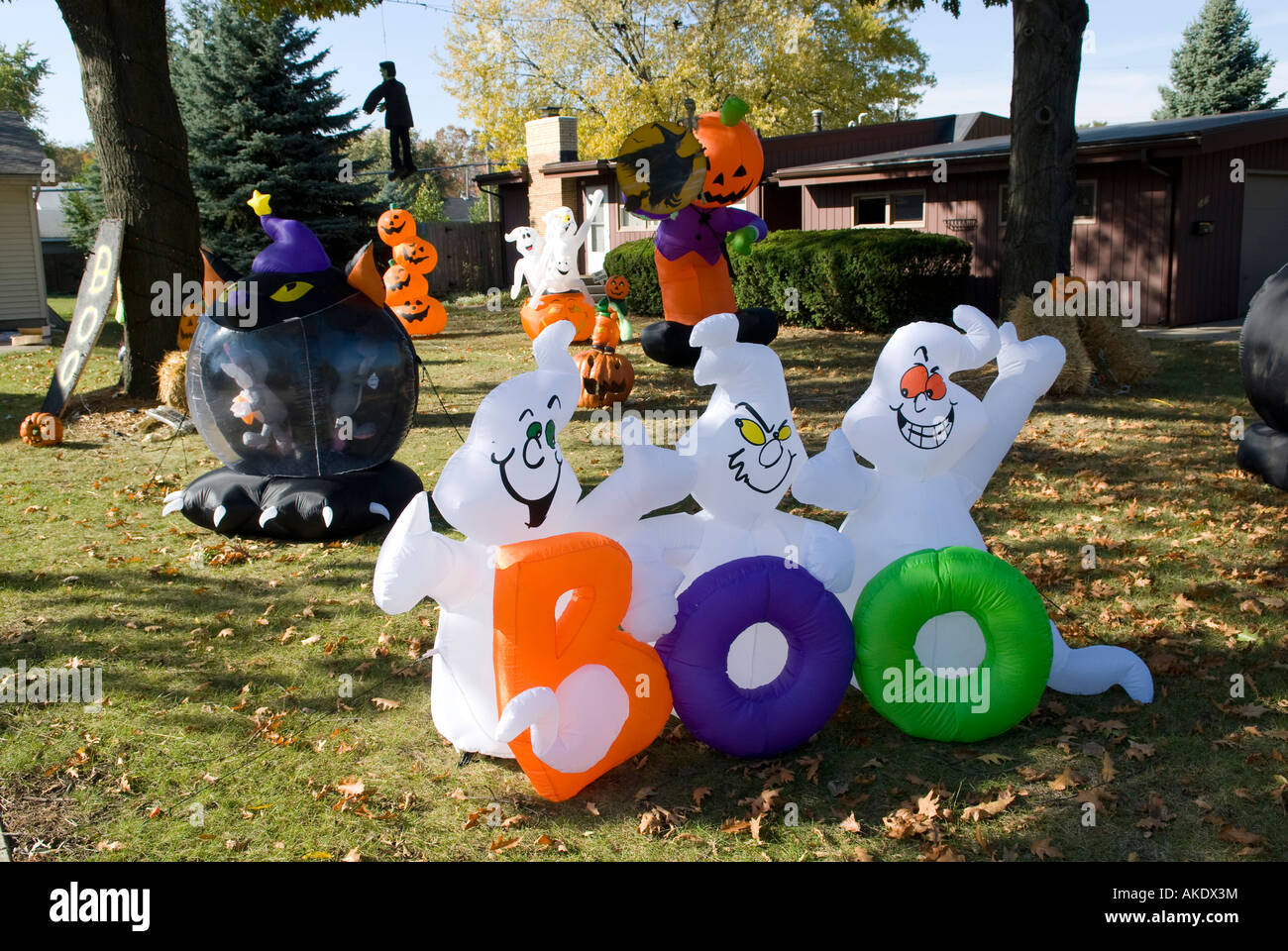 outdoor images costumes decorations on p and decor photos scary pinterest yard displays best halloween