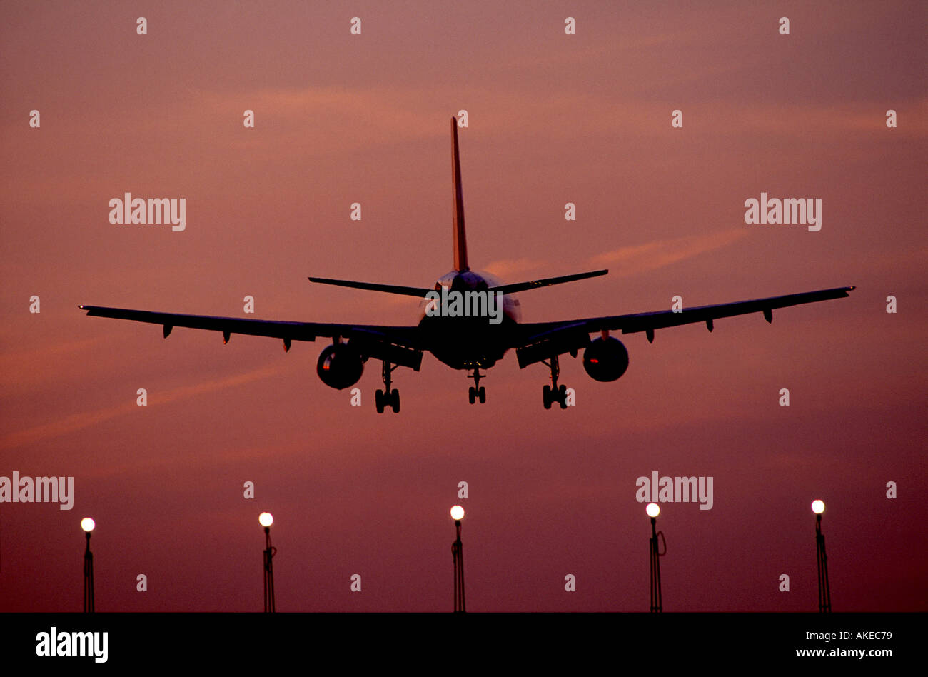 ON Finals at London Heathrow  GAV1001 - Stock Image