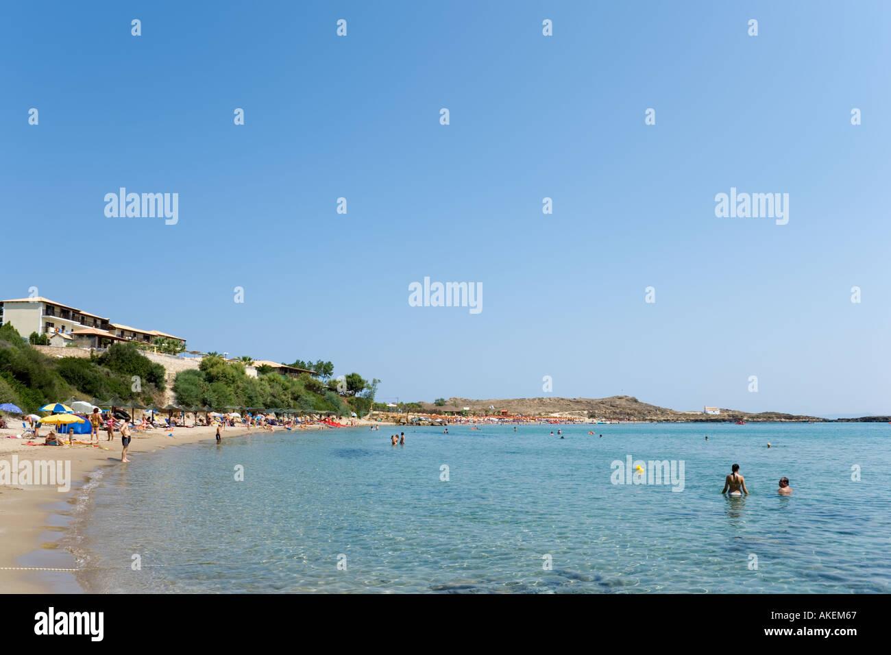 Beach at Aghios Nikolaos (St Nicholas), Zakynthos (Zante), Ionian Islands, Greece - Stock Image
