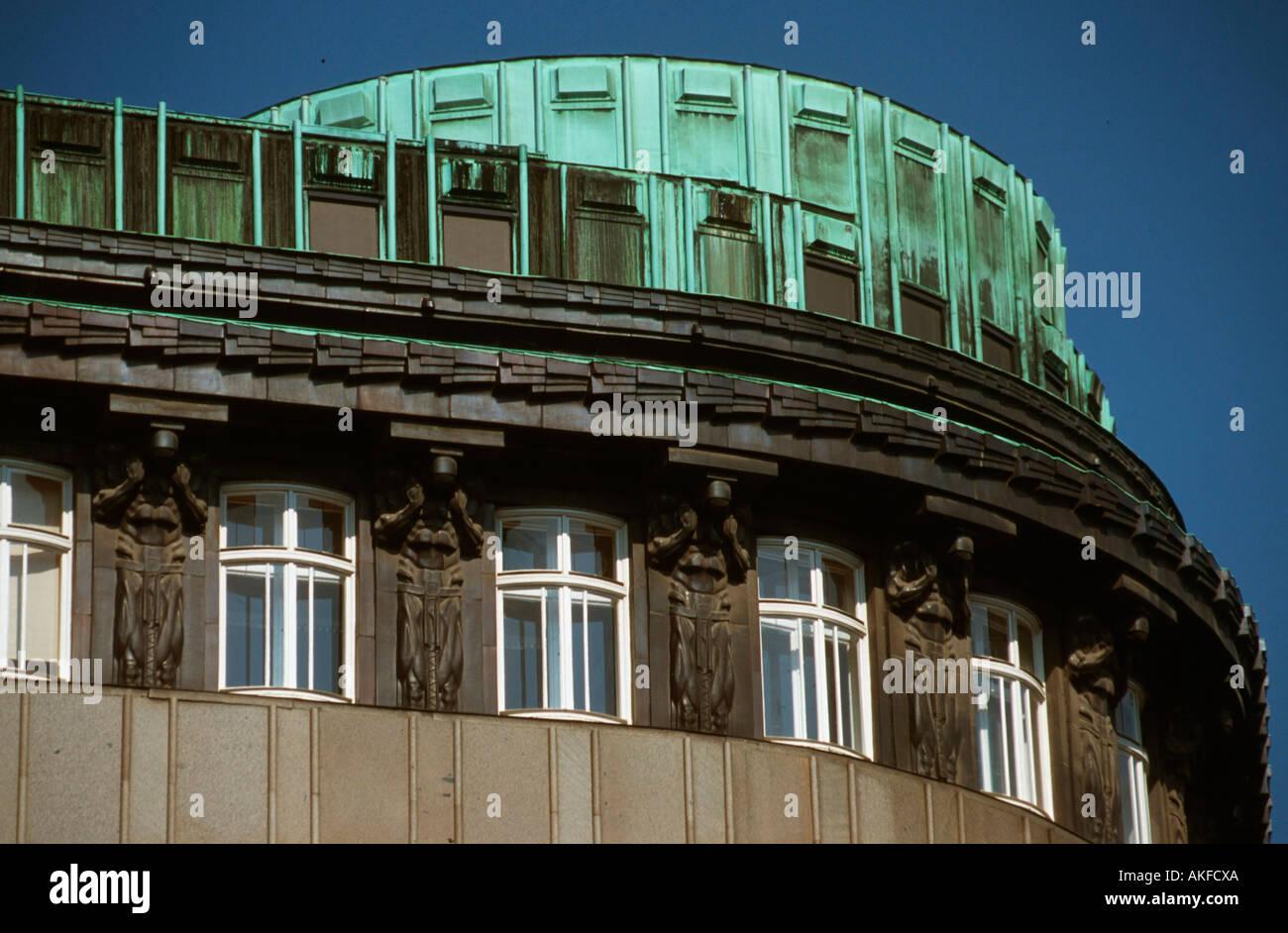 Österreich, Wien I, Brandstätte, tragende Atlanten am Jugendstilhaus von Architekt Josef Plecnik. - Stock Image