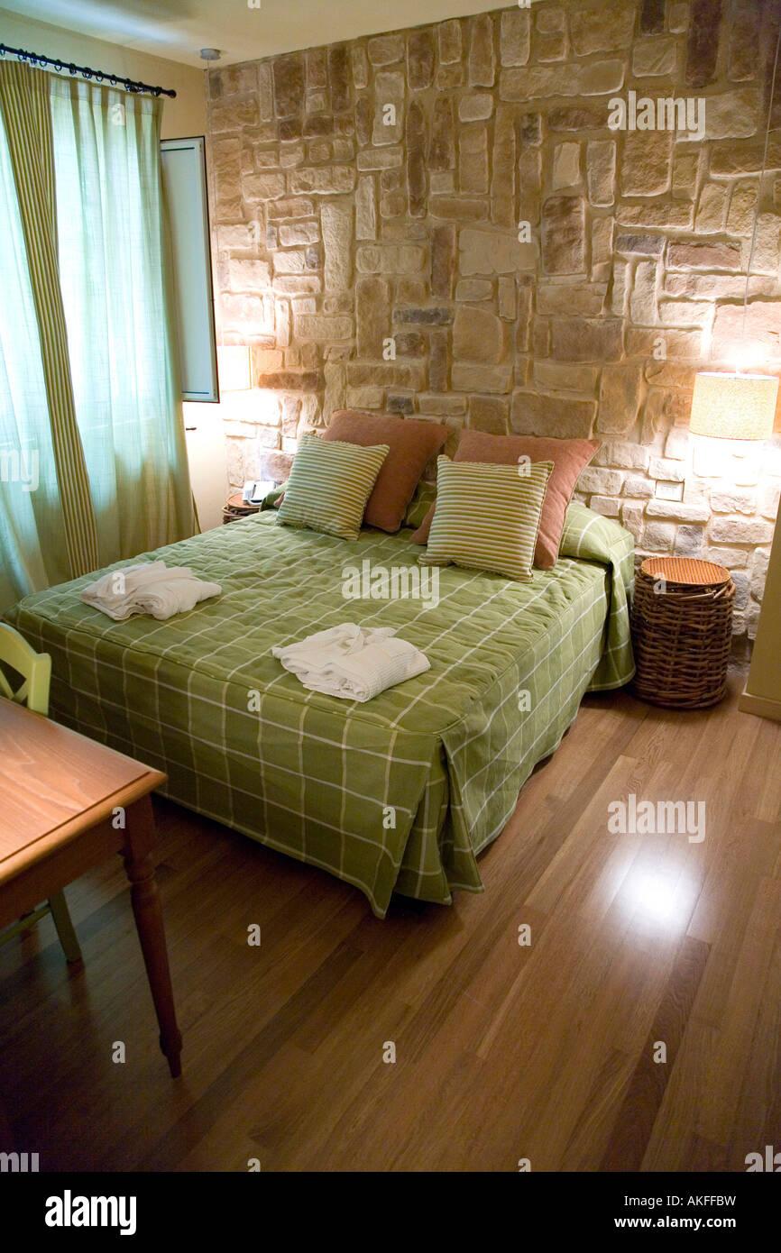 https://c8.alamy.com/comp/AKFFBW/superior-room-antico-albergo-terme-hotel-terme-jean-varraud-spa-bagni-AKFFBW.jpg