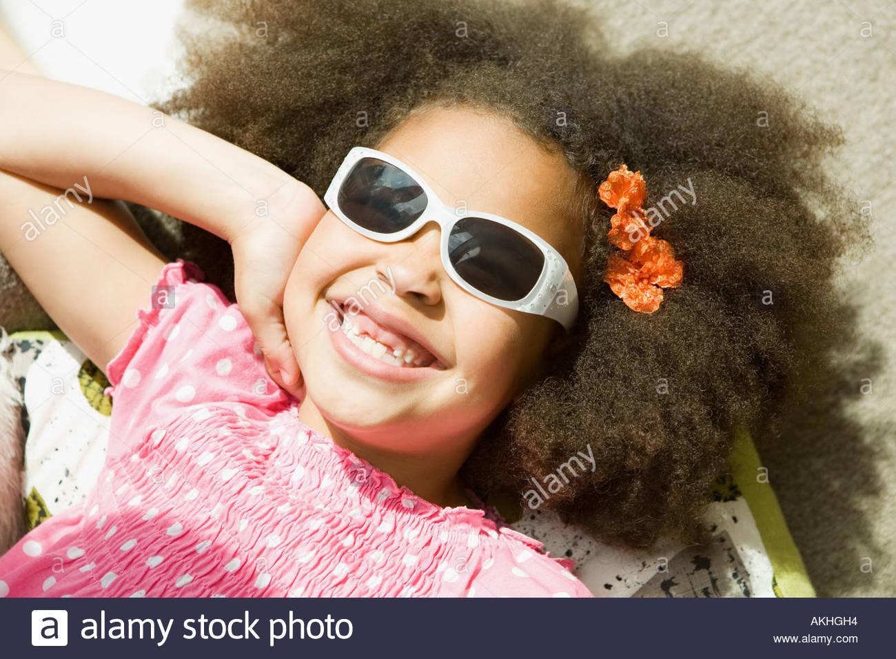 c26ad4580318 Girl wearing sunglasses Stock Photo: 8574227 - Alamy