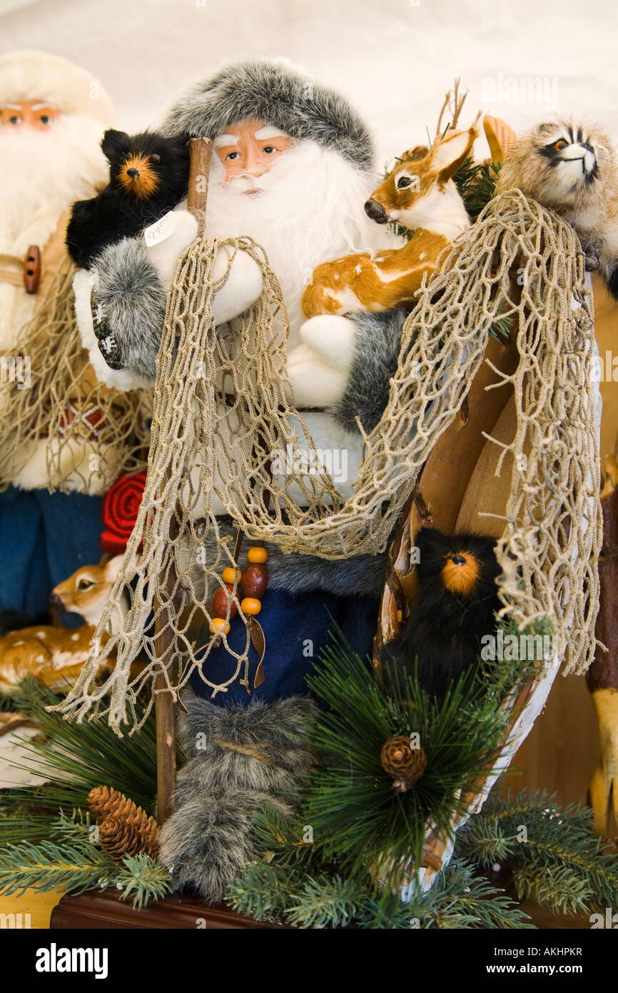 ILLINOIS Galena Handmade items for sale in booths at Country Fair annual handicrafts event outdoorsy man deer bear - Stock Image