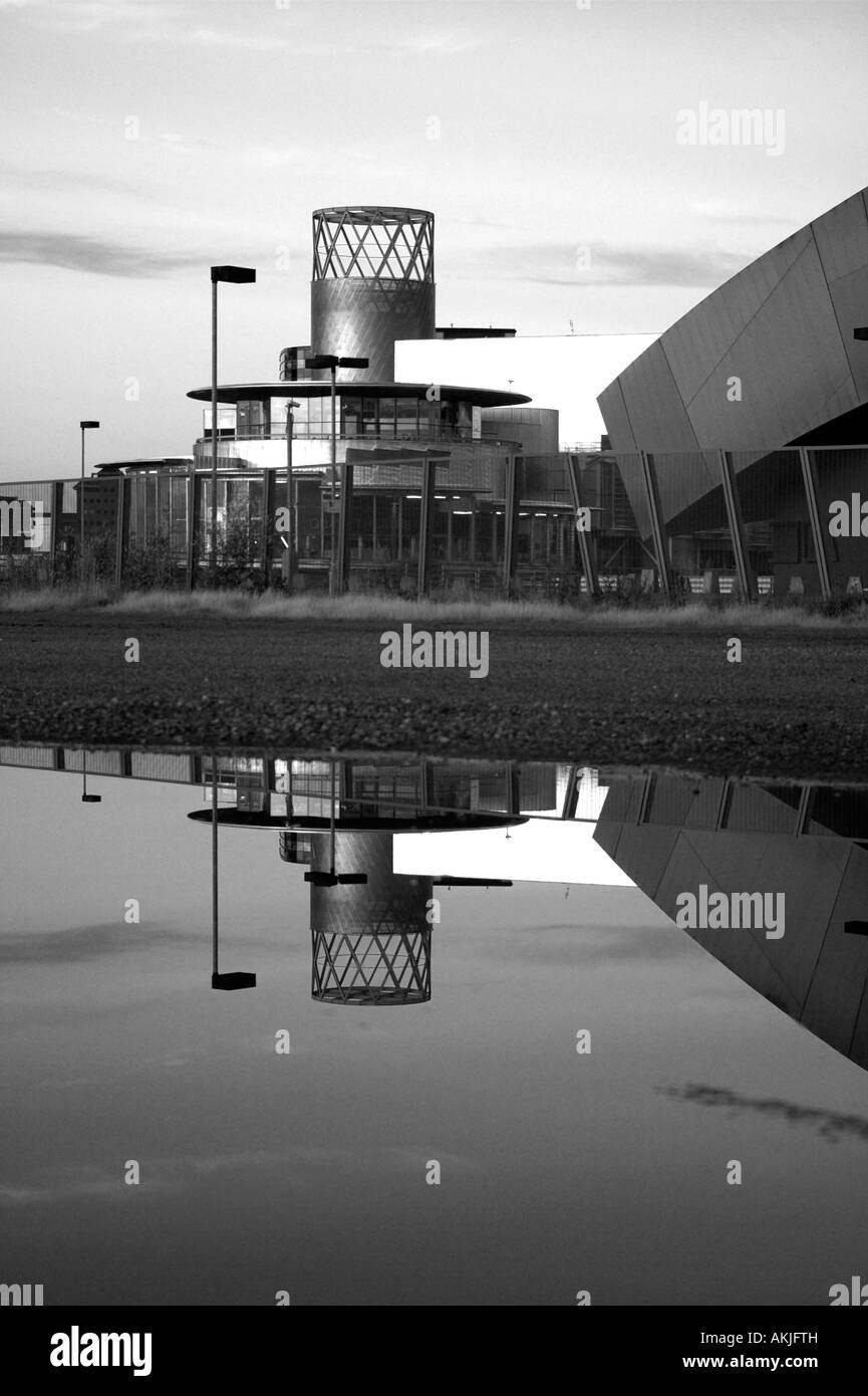 The Lowry and Imperial War Museum, Salford Quays, Manchester, UK - Stock Image
