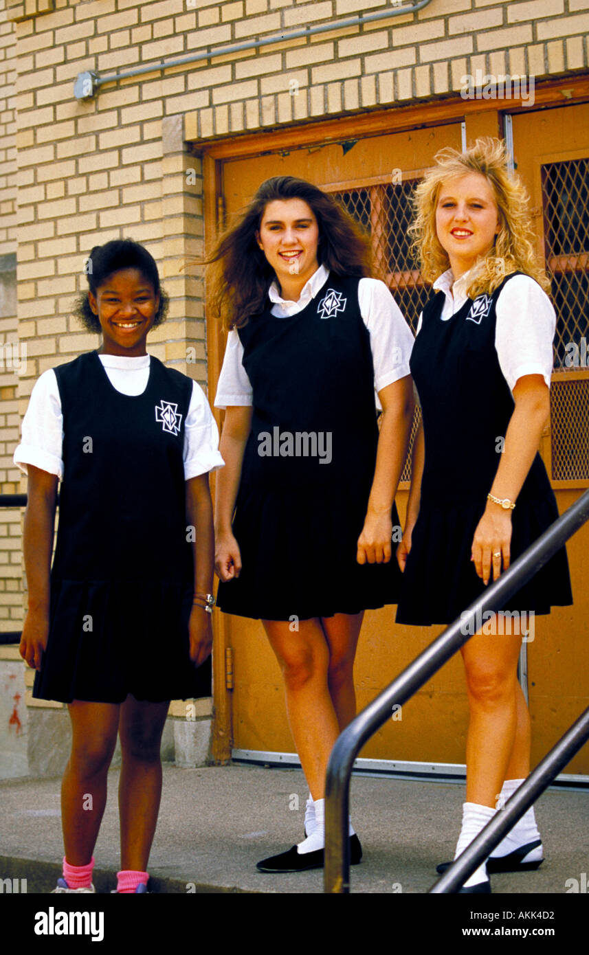 university single catholic girls Puberty and changes make single sex schools a good idea i think that when they are in 6th-8th grade, girls should be in a single-sex school.