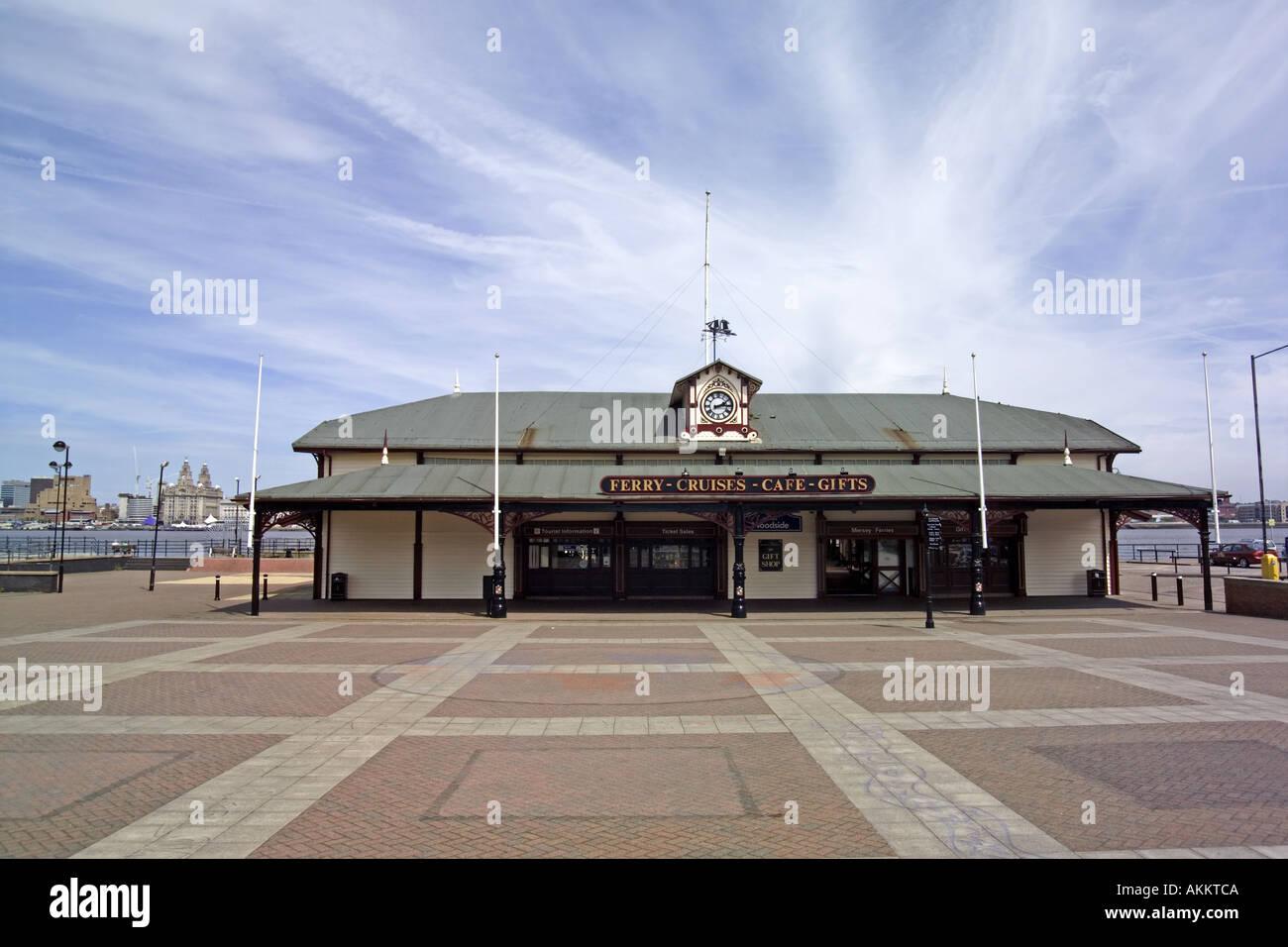 Woodside Ferry Terminal Building Birkenhead Merseyside Wirral UK England liverpool - Stock Image